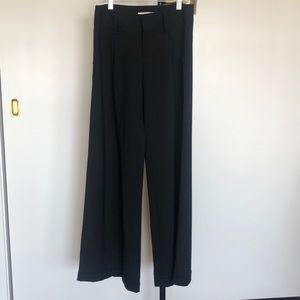 Alice + Olivia  trouser/pant. Black. Wide leg.